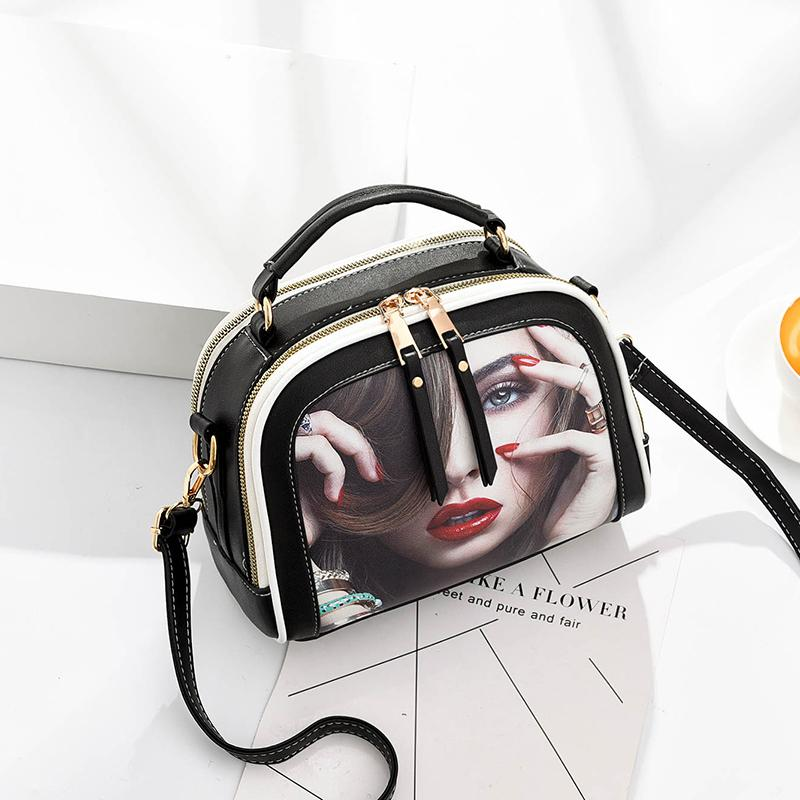 http://double-city.ru/images/cms/data/woman_bags/Bags_1/2558-2_red_lips.jpg